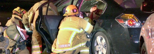 People Injured in Car Crash in Irvine